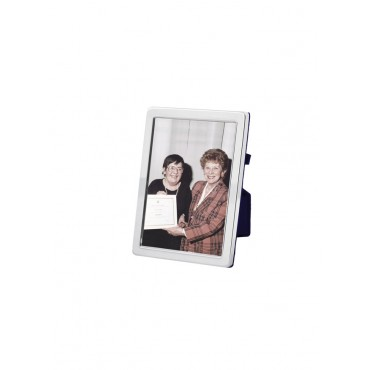 FR545   Plain Photo Frame With Velvet Back 4cm x 5cm Sterling Silver Ari D Norman