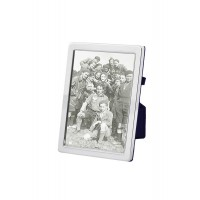 FR547   Plain Photo Frame With Velvet Back 9cm x 13cm Sterling Silver Ari D Norman
