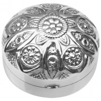 PB533   Ari D Norman Sterling Silver Round Pill Box with Embossed Victorian Flower Motif